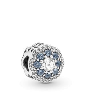 Privezak Plavi svetlucavi cvet