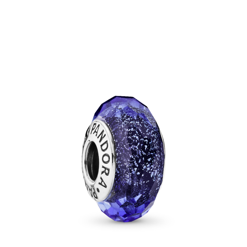 Privezak Plavo fasetno staklo