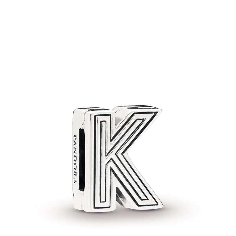 Privezak Slovo K