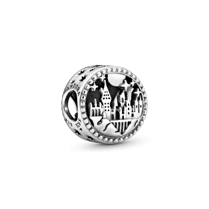 Privezak Hogwarts škola za veštice i čarobnjake iz kolekcije Harry Potter