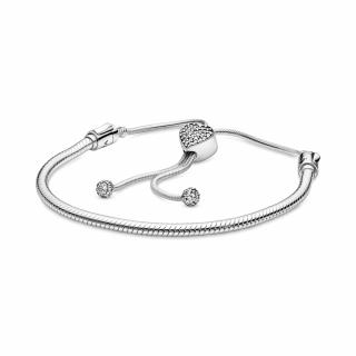 Narukvica Pandora Moments od zmijskog lanca sa kopčom u obliku srca