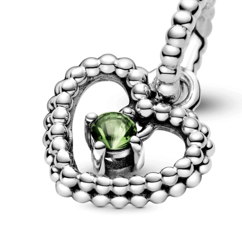 Viseći privezak u obliku srca od perlica sa svetlozelenim kristalom