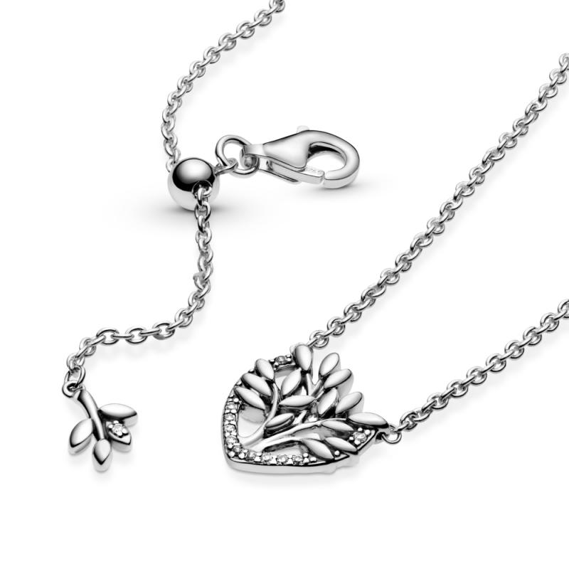 Ogrlica uz vrat Porodično stablo u srcu