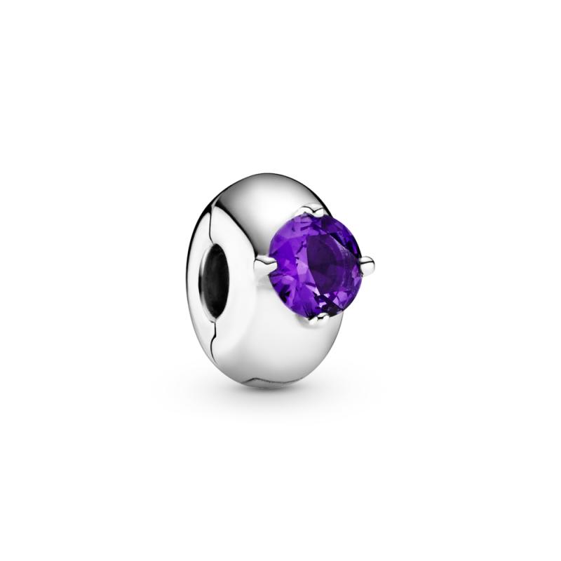 Privezak sa jednim ljubičastim kamenčićem