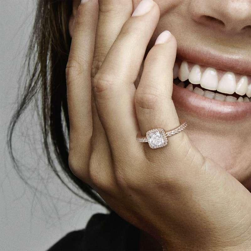 Prsten Bezvremenska elegancija