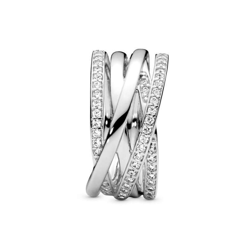 Srebrni prsten sa kubnim cirkonima