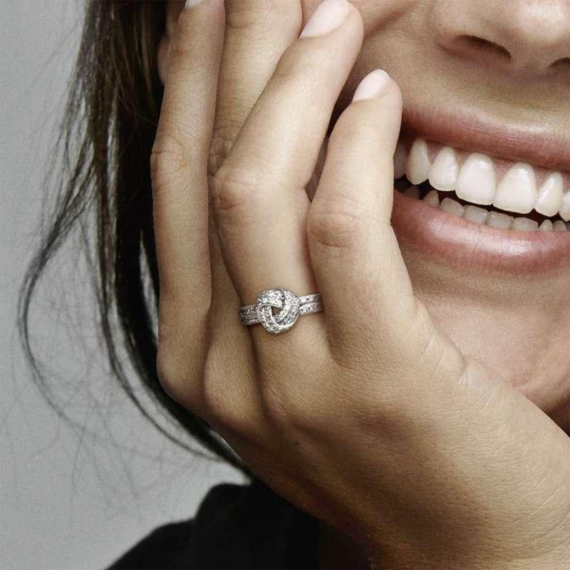 Prsten Svetlucavi ljubavni čvor
