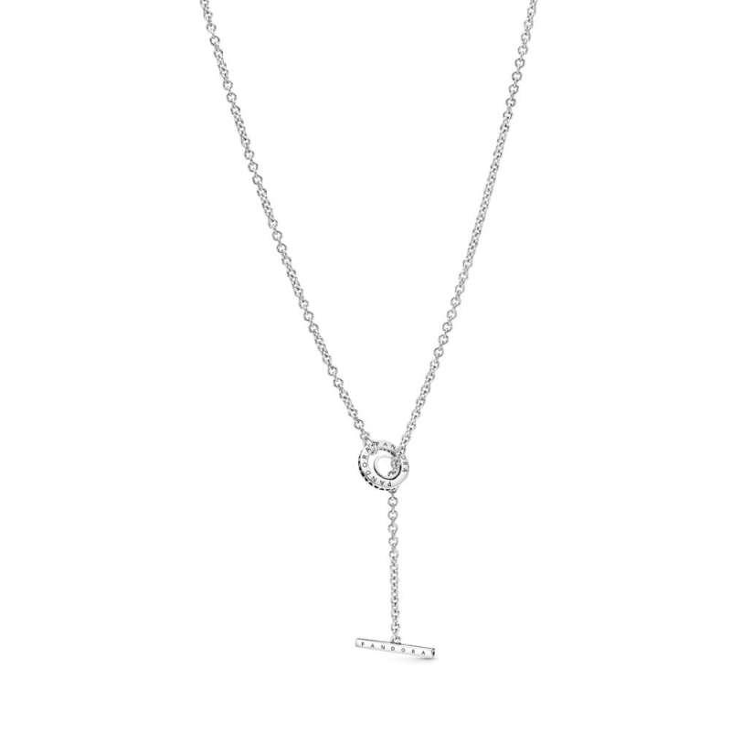 Ogrlica Pavé krug sa logom, T-pločicom i srcima